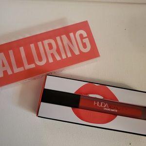 NIB HUDA BEAUTY Liquid Matte Lipstick in Alluring